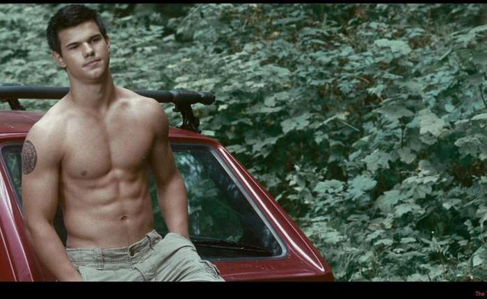 Lautner twilight saga eclipse aaa9b130 infobox 5a9f03f7 featured