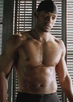 Clip of will smith nude shower scene in i robot pic 391