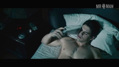 Covenant the stevenstrait taylorkitsch hd 05 large 3