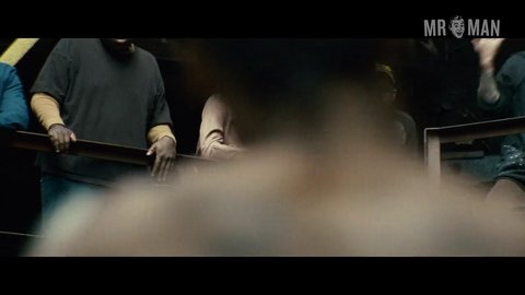 Outofthefurnace affleck hd 01 large 3