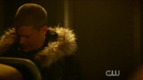 Flash the 04x08 wentworthmiller russelltovey hd 01 large 3
