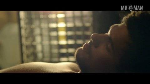 Tracers taylorlautner br hd 02 large 3