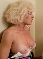 Sexy girls fully naked