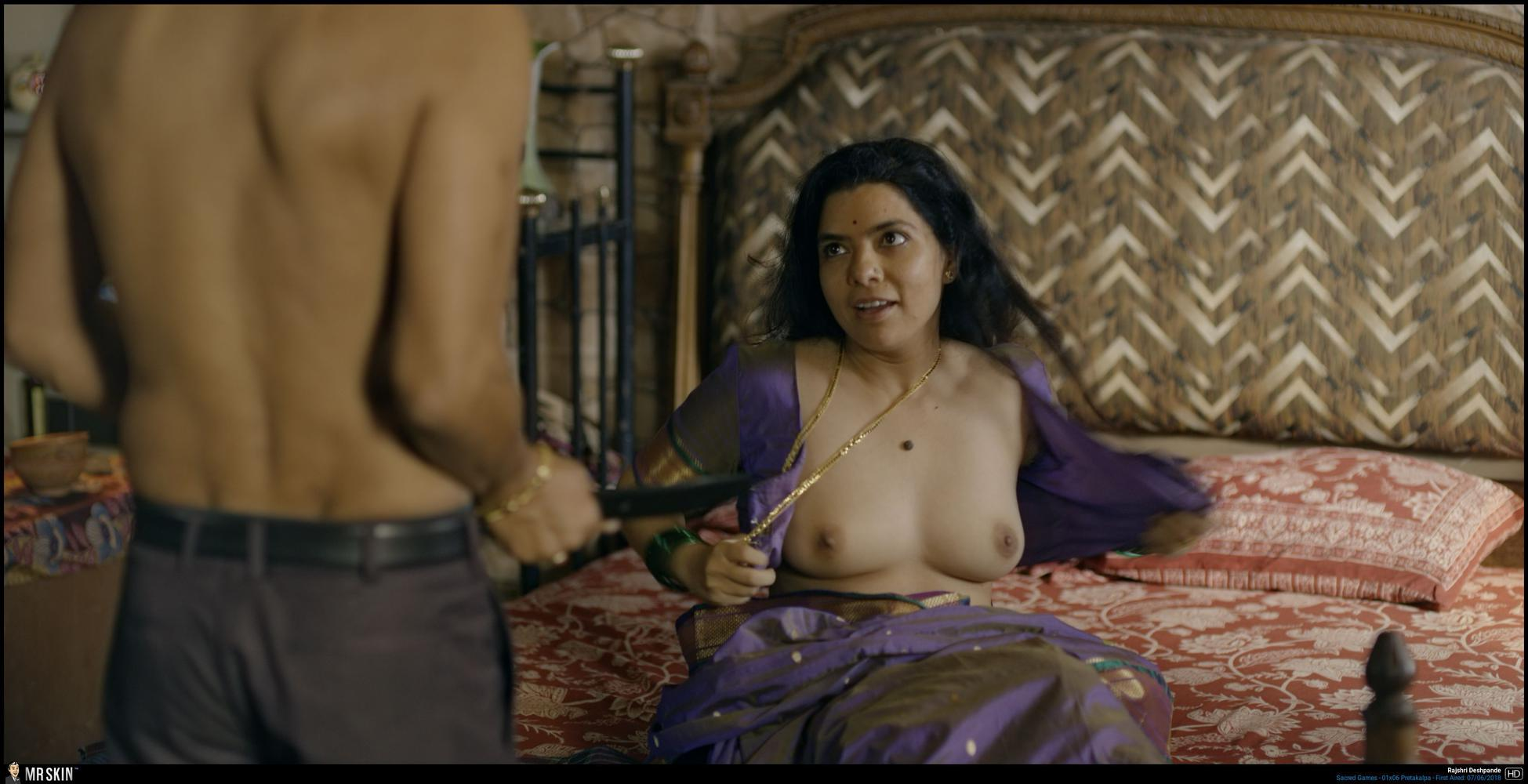 Tv Nudity Report Power, Sharp Objects, The Handmaids Tale,-9390