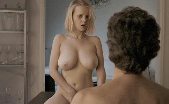 Joanna kulig topless featured fd67af40 featured