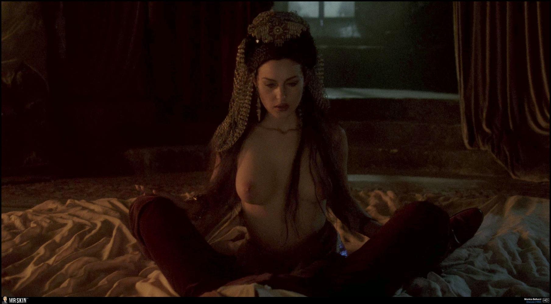 women double d tits nude