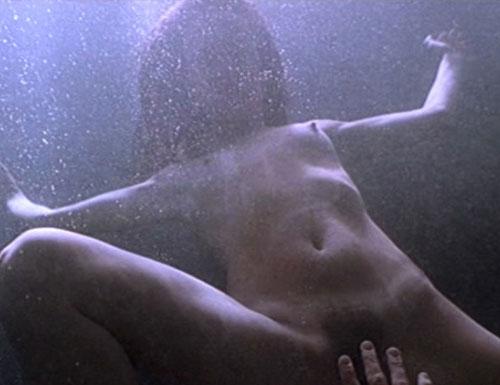 deep-juliette-lewis-leggs-nude-british