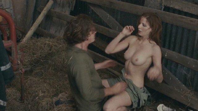 Small Breast Nude Pics
