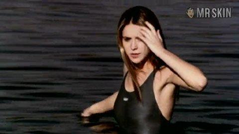 Jenifer aniston nude pics fakes