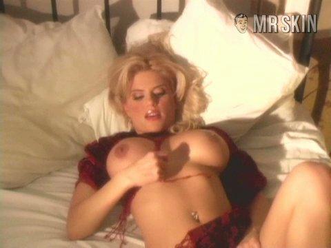 Angie harmon nude photo