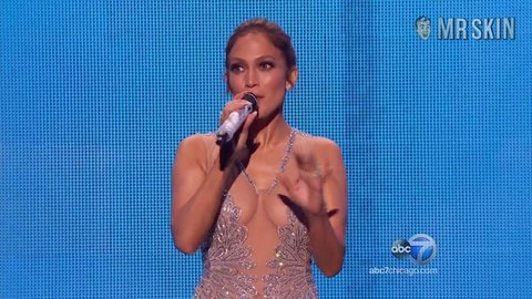2015americanmovieawards lopez hd 01 large 3