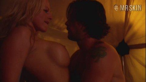 Divini rae erotic traveler video — photo 3