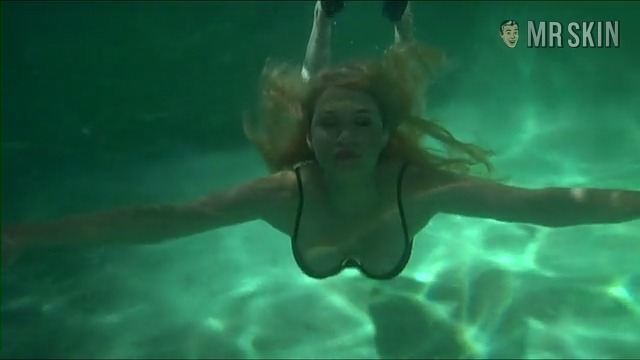 Womenintrouble sf pooltrailer 1 frame 3 override