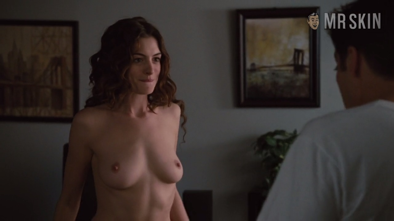 Anne hathaway naked sex