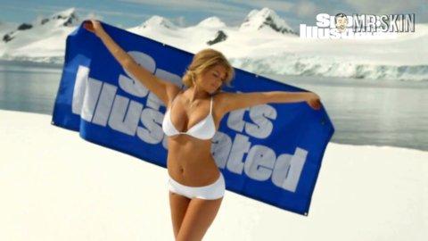 Sportillustratedswimsuit2013 upton hd sat 02 large 3
