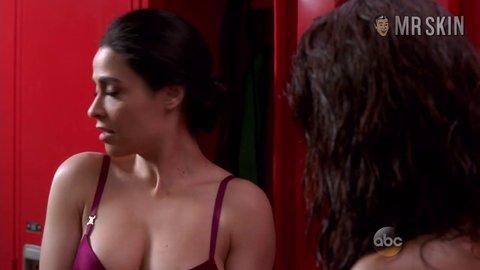 Yasmine al massri topless