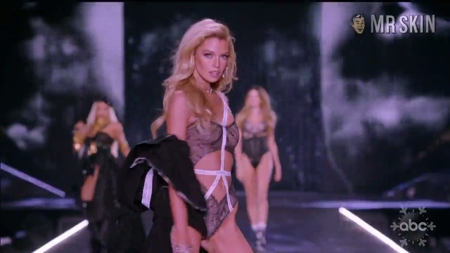 Victoriassecretfashionshow2018the various hd 05 large thumbnail 3 override